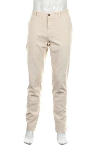 Мъжки панталон Hackett, Размер XL, Цвят Бежов, 98% памук, 2% еластан, Цена 75,57лв.