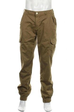 Pantaloni de bărbați Urban Classics, Mărime S, Culoare Verde, 98% bumbac, 2% elastan, Preț 130,26 Lei