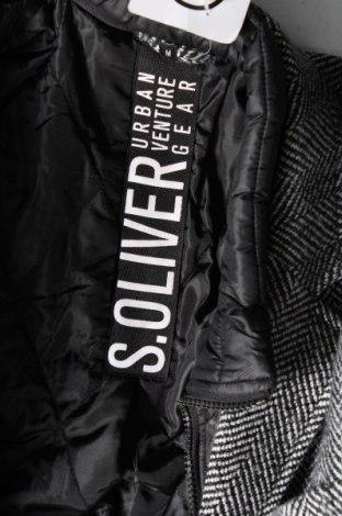 Мъжко палто S.Oliver, Размер M, Цвят Сив, 70% полиестер, 30% вълна, Цена 214,50лв.