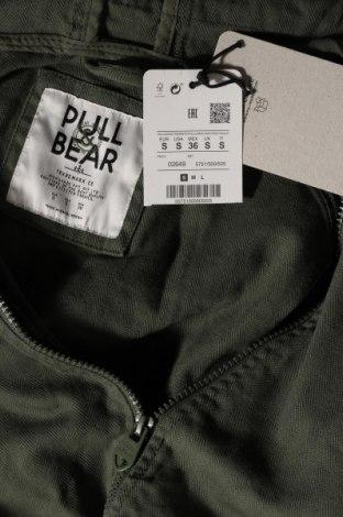 Мъжко яке Pull&Bear, Размер S, Цвят Зелен, Памук, Цена 35,60лв.