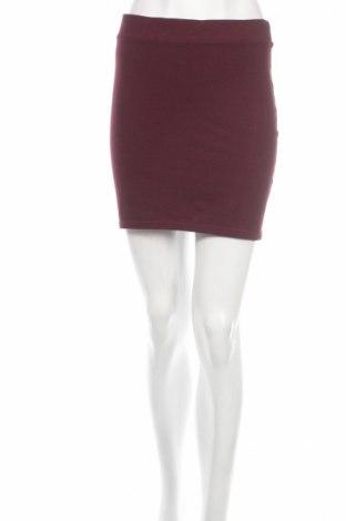 Пола H&M Divided, Размер S, Цвят Червен, 63% полиестер, 30% памук, 7% еластан, Цена 10,81лв.
