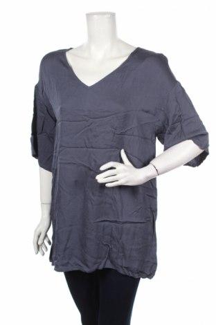 Дамска блуза American Vintage, Размер XS, Цвят Син, Вискоза, Цена 27,30лв.