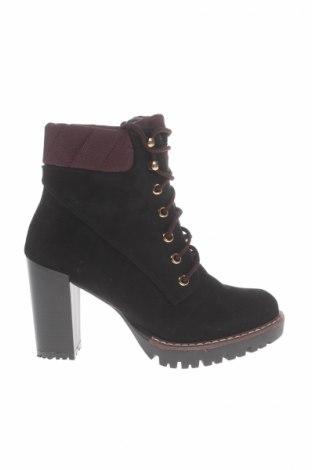 Dámské topánky  Vices