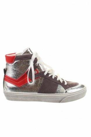 Dámske topánky  Change