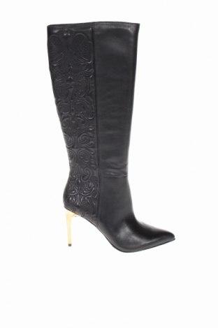 Дамски ботуши BCBG Max Azria, Размер 39, Цвят Черен, Естествена кожа, Цена 244,50лв.