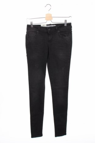 Дамски дънки Vero Moda, Размер M, Цвят Черен, 98% памук, 2% еластан, Цена 30,03лв.