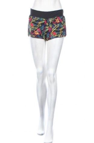 Дамски къс панталон Billabong, Размер S, Цвят Многоцветен, 88% полиестер, 12% еластан, Цена 39,00лв.