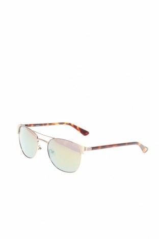 Слънчеви очила Guess, Цвят Златист, Цена 94,50лв.