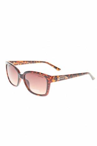 Слънчеви очила Guess, Цвят Кафяв, Цена 94,50лв.