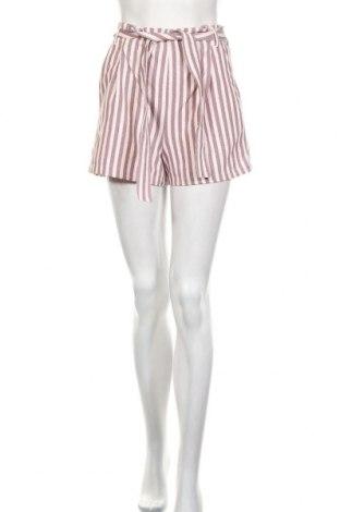 Дамски къс панталон Pull&Bear, Размер S, Цвят Розов, 90% полиестер, 10% еластан, Цена 18,00лв.
