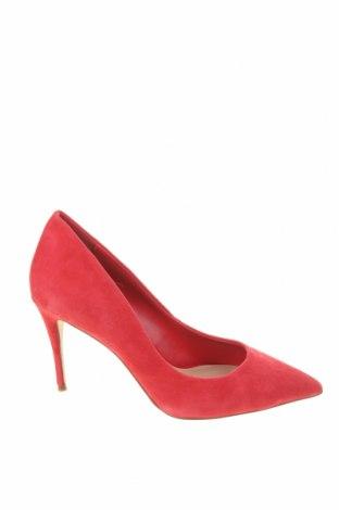Дамски обувки Aldo, Размер 38, Цвят Червен, Естествен велур, Цена 85,80лв.