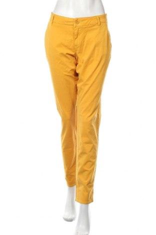 Γυναικείο παντελόνι S.Oliver, Μέγεθος L, Χρώμα Κίτρινο, 98% βαμβάκι, 2% ελαστάνη, Τιμή 27,48€