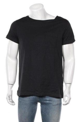 Мъжка тениска Acne, Размер M, Цвят Черен, Памук, Цена 79,80лв.