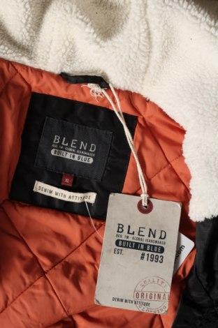Мъжко яке Blend, Размер XL, Цвят Черен, Полиамид, Цена 75,62лв.