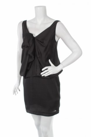 Рокля Gina Tricot, Размер XS, Цвят Черен, 100% полиестер, Цена 8,43лв.