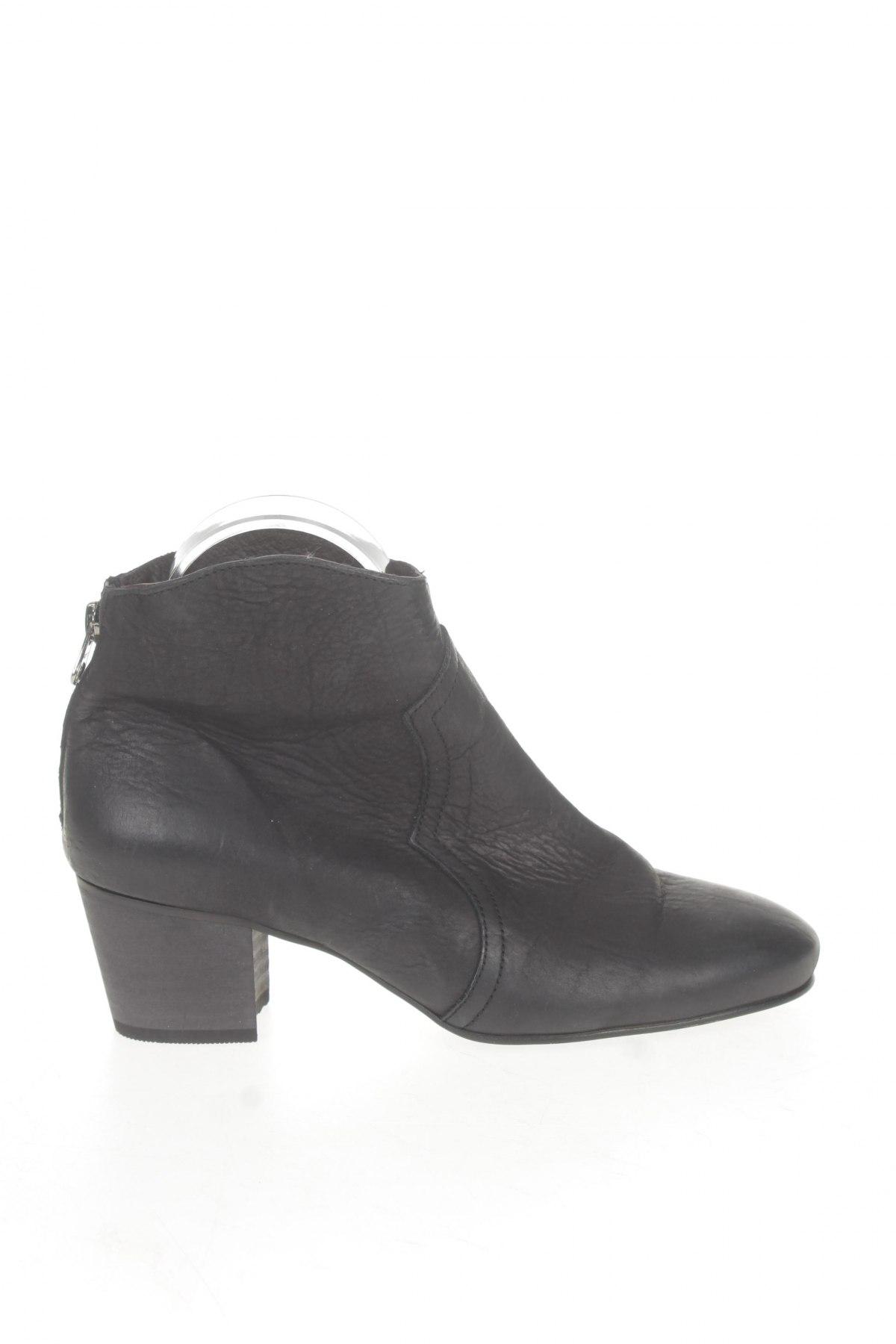 Dámské topánky Office - za výhodnú cenu na Remix -  102785461 5b0a28fe889