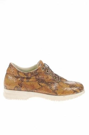 Дамски обувки Mcm