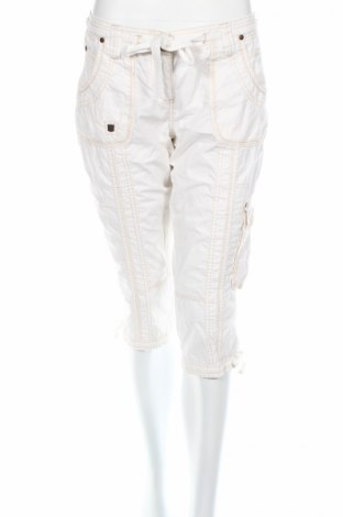 Дамски панталон Clockhouse, Размер M, Цвят Бял, Памук, Цена 5,90лв.