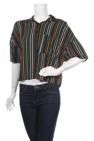 Дамска риза Pull&Bear, Размер S, Цвят Многоцветен, Вискоза, Цена 22,04лв.