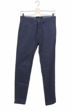 Мъжки панталон Pull&Bear, Размер S, Цвят Син, 98% памук, 2% еластан, Цена 28,00лв.