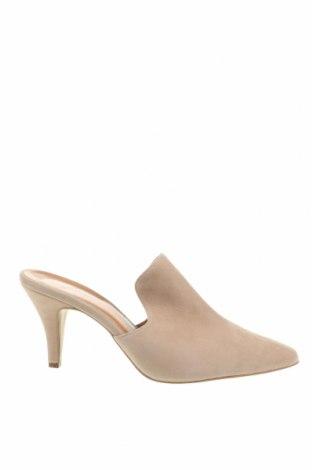 Papuci Dreimaster, Mărime 40, Culoare Bej, Velur natural, Preț 293,59 Lei