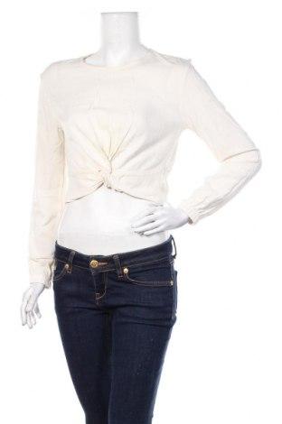 Дамска блуза Bershka, Размер S, Цвят Екрю, 100% вискоза, Цена 18,00лв.