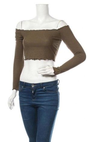 Дамска блуза Garage, Размер S, Цвят Зелен, 61% полиестер, 33% вискоза, 6% еластан, Цена 17,85лв.