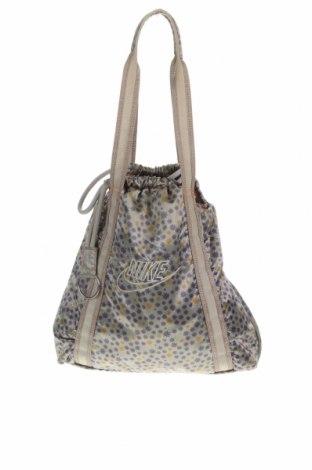 Γυναικεία τσάντα Nike, Χρώμα Γκρί, Κλωστοϋφαντουργικά προϊόντα, Τιμή 32,01€