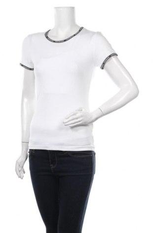 Tricou de femei Calvin Klein Jeans, Mărime S, Culoare Alb, 95% bumbac, 5% elastan, Preț 170,23 Lei