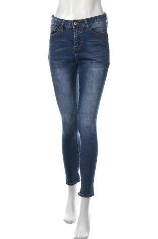 Дамски дънки, Размер M, Цвят Син, 75% памук, 23% вискоза, 2% еластан, Цена 23,10лв.