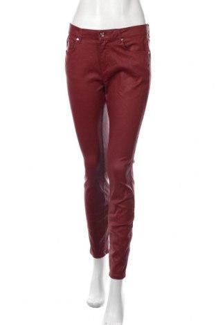 Дамски дънки Massimo Dutti, Размер M, Цвят Червен, 98% памук, 2% еластан, Цена 44,10лв.