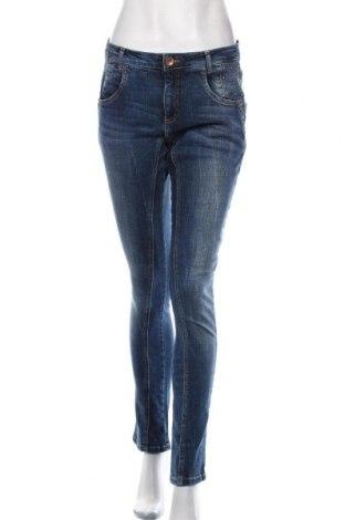 Дамски дънки Ofelia, Размер M, Цвят Син, 98% памук, 2% еластан, Цена 29,40лв.