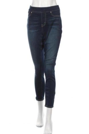 Дамски дънки Signature By Levi Strauss & Co, Размер XL, Цвят Син, 77% памук, 21% полиестер, 2% еластан, Цена 32,55лв.