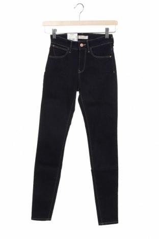 Dámské džíny  Wrangler, Velikost XXS, Barva Modrá, 90% bavlna, 8% polyester, 2% elastan, Cena  789,00Kč