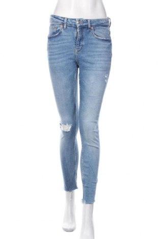 Blugi de femei Zara, Mărime M, Culoare Albastru, 94% bumbac, 4% poliester, 2% elastan, Preț 93,75 Lei
