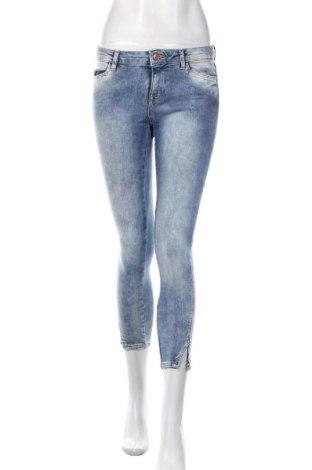Blugi de femei Zara, Mărime S, Culoare Albastru, Preț 93,75 Lei