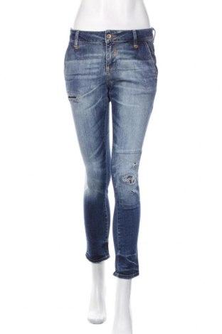 Blugi de femei Zara, Mărime M, Culoare Albastru, Preț 93,75 Lei