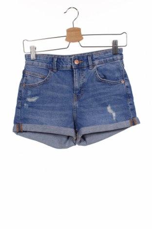 Дамски къс панталон Bershka, Размер XS, Цвят Син, Цена 19,50лв.