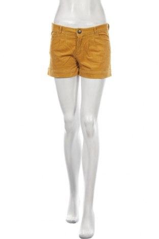 Pantaloni scurți de femei ONLY, Mărime M, Culoare Galben, 98% bumbac, 2% elastan, Preț 79,58 Lei