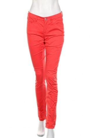 Damskie spodnie Gant, Rozmiar S, Kolor Czerwony, 97% bawełna, 3% elastyna, Cena 134,40zł