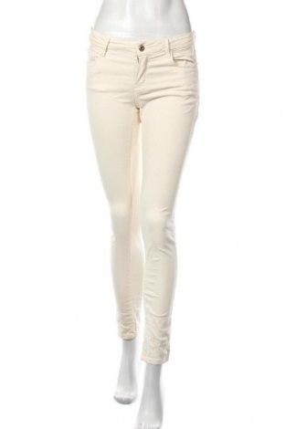 Дамски панталон Massimo Dutti, Размер S, Цвят Екрю, Цена 47,25лв.