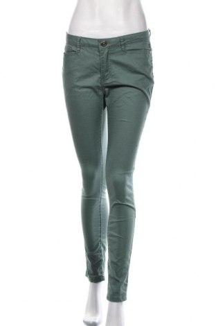 Γυναικείο παντελόνι Vero Moda, Μέγεθος M, Χρώμα Πράσινο, 72% βαμβάκι, 26% πολυεστέρας, 2% ελαστάνη, Τιμή 14,29€