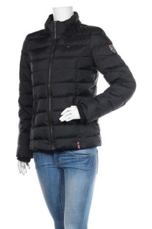 Dámská bunda  Tommy Hilfiger, Velikost M, Barva Černá, Peří, polyester, Cena  3902,00Kč