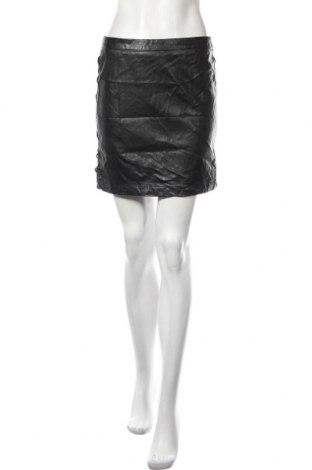 Kožená sukně  Clockhouse, Velikost M, Barva Černá, Eko kůže, Cena  383,00Kč