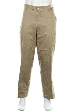 Мъжки панталон Wrangler, Размер L, Цвят Бежов, 98% памук, 2% еластан, Цена 51,45лв.