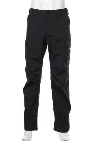 Мъжки спортен панталон Under Armour, Размер S, Цвят Черен, Полиестер, Цена 96,75лв.