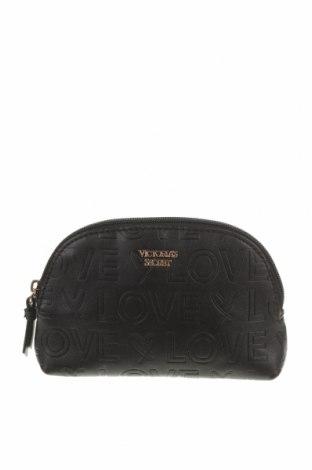 Kosmetický kufřík  Victoria's Secret, Barva Černá, Eko kůže, Cena  414,00Kč