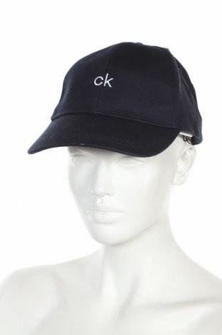 Čepice  Calvin Klein, Barva Modrá, Bavlna, Cena  750,00Kč