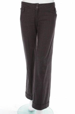 Pantaloni de femei A Wear