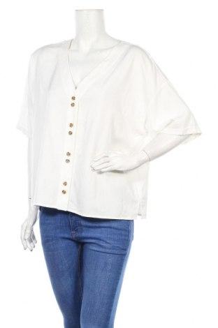 Дамска риза Vero Moda, Размер XL, Цвят Бял, 70% вискоза, 30% лиосел, Цена 28,60лв.